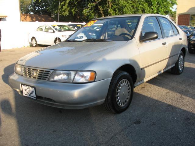 1996 Nissan Sentra GXE