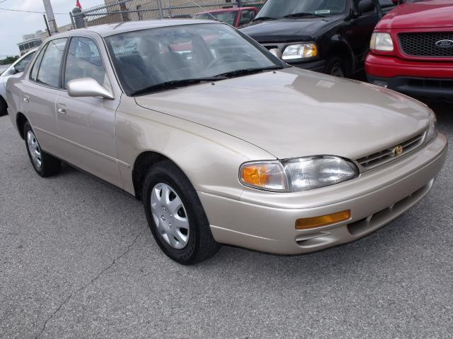 1996 toyota camry dx for sale in new albany indiana. Black Bedroom Furniture Sets. Home Design Ideas