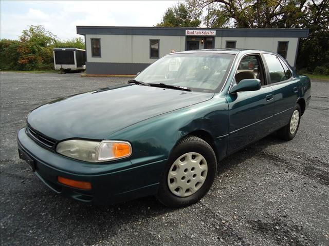 1996 toyota camry dx for sale in pen argyl pennsylvania. Black Bedroom Furniture Sets. Home Design Ideas
