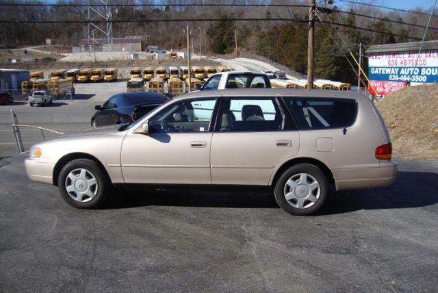 1996 toyota camry wagon v6 le 1 owner garaged low miles 1. Black Bedroom Furniture Sets. Home Design Ideas