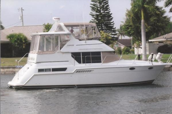 1997 Carver Yachts 355 Aft Cabin Motor Yacht For Sale In
