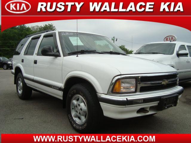 1997 Chevrolet Blazer LS for Sale in Louisville Tennessee