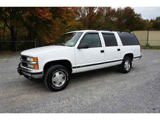 1997 chevrolet suburban k1500 for sale in east windsor. Black Bedroom Furniture Sets. Home Design Ideas