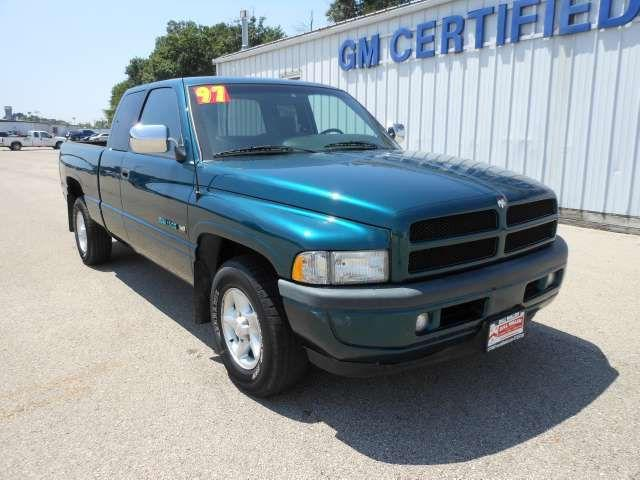 1997 dodge ram 1500 for sale in ottawa illinois classified. Black Bedroom Furniture Sets. Home Design Ideas