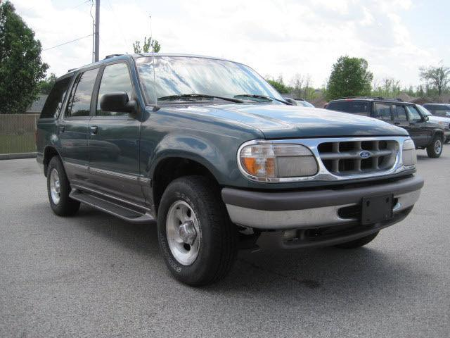 1997 ford explorer xlt for sale in owensboro kentucky classified. Black Bedroom Furniture Sets. Home Design Ideas