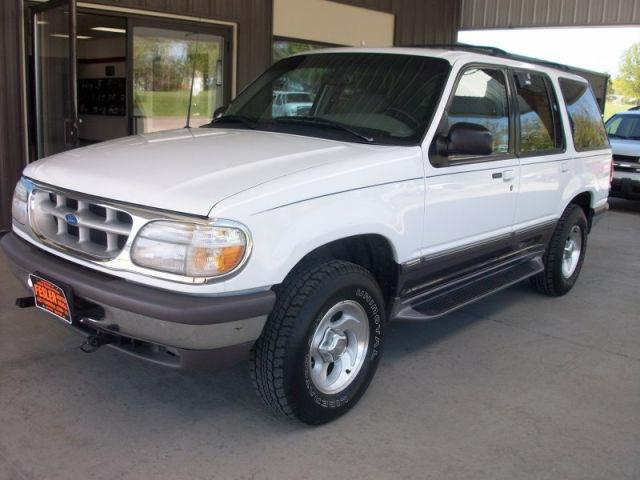 1997 ford explorer xlt for sale in fairfield iowa classified. Black Bedroom Furniture Sets. Home Design Ideas