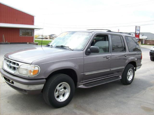 1997 ford explorer xlt for sale in new lenox illinois classified. Black Bedroom Furniture Sets. Home Design Ideas