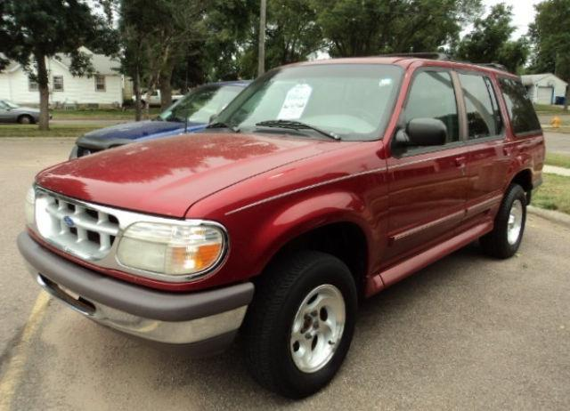 1997 ford explorer xlt for sale in sioux falls south dakota classified. Black Bedroom Furniture Sets. Home Design Ideas