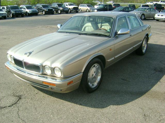1997 jaguar xj6 for sale in dayton ohio classified. Black Bedroom Furniture Sets. Home Design Ideas
