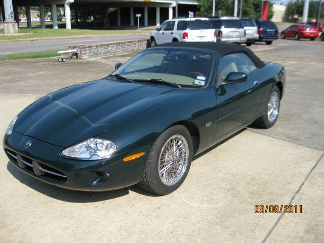 1997 jaguar xk8 1997 jaguar xk8 car for sale in beaumont tx 4365404364 used cars on oodle. Black Bedroom Furniture Sets. Home Design Ideas