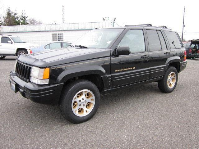 1997 jeep grand cherokee for sale in everett washington classified. Black Bedroom Furniture Sets. Home Design Ideas