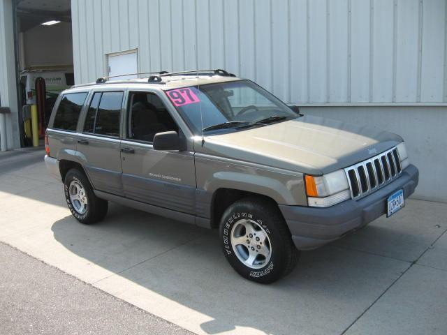 1997 jeep grand cherokee laredo for sale in winona minnesota classified. Black Bedroom Furniture Sets. Home Design Ideas