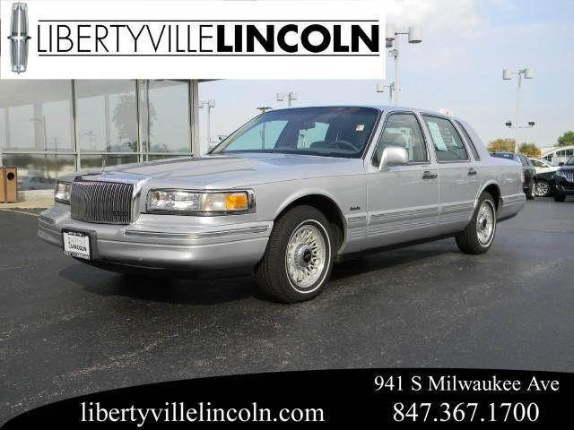 1997 lincoln town car executive for sale in libertyville. Black Bedroom Furniture Sets. Home Design Ideas