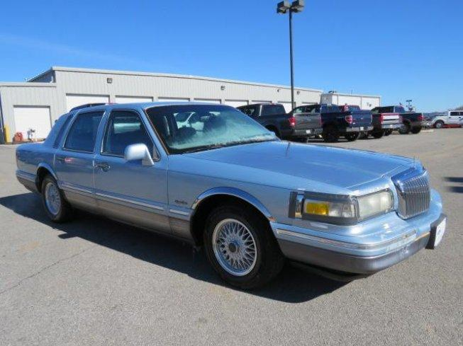1997 Lincoln Town Car Signature For Sale In Algood Tennessee