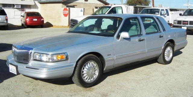 1997 lincoln towncar for sale in hi vista california. Black Bedroom Furniture Sets. Home Design Ideas