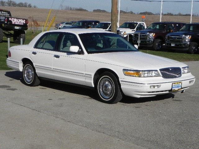 1997 mercury grand marquis gs for sale in frankfort illinois classified. Black Bedroom Furniture Sets. Home Design Ideas