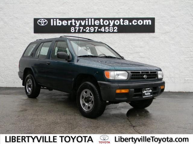 1997 nissan pathfinder for sale in libertyville illinois classified. Black Bedroom Furniture Sets. Home Design Ideas