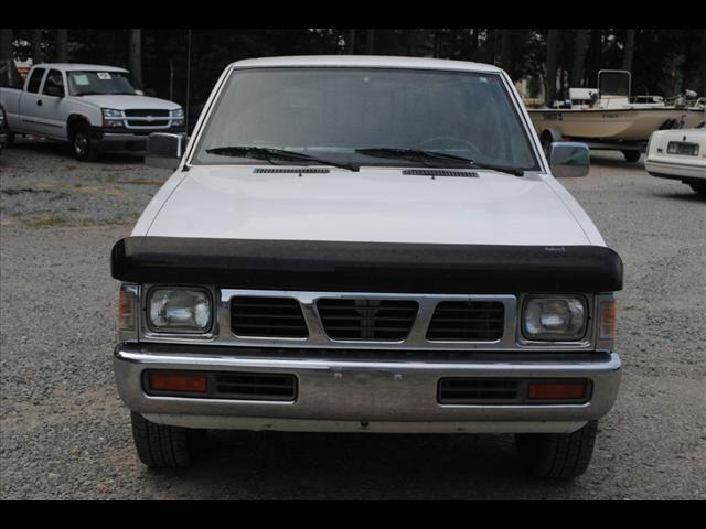 1997 nissan pickup xe for sale in princeton north carolina classified. Black Bedroom Furniture Sets. Home Design Ideas