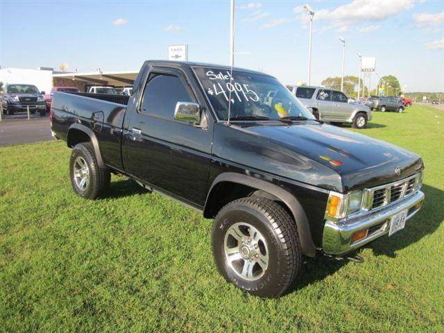 1997 nissan pickup xe for sale in jefferson city tennessee classified. Black Bedroom Furniture Sets. Home Design Ideas