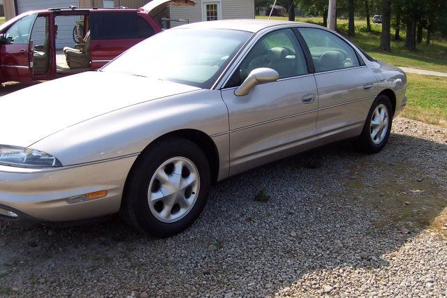 1997 oldsmobile aurora for sale in easley south carolina. Black Bedroom Furniture Sets. Home Design Ideas
