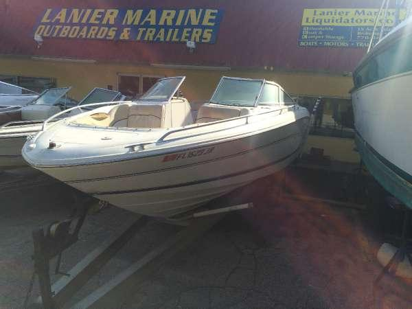 1997 Sea Ray 230 Bowrider Mercruiser v8