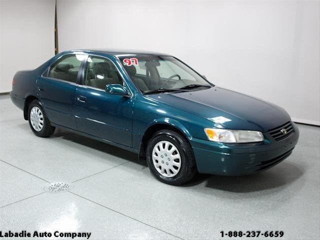 1997 toyota camry le for sale in bay city michigan. Black Bedroom Furniture Sets. Home Design Ideas