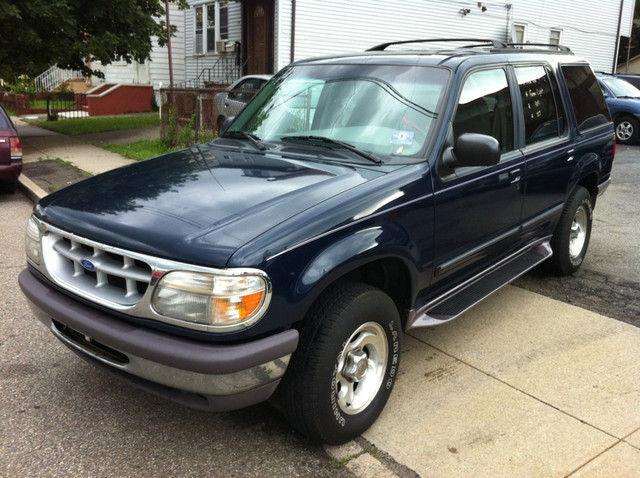 1997 ford explorer xlt for sale in clifton new jersey classified. Black Bedroom Furniture Sets. Home Design Ideas