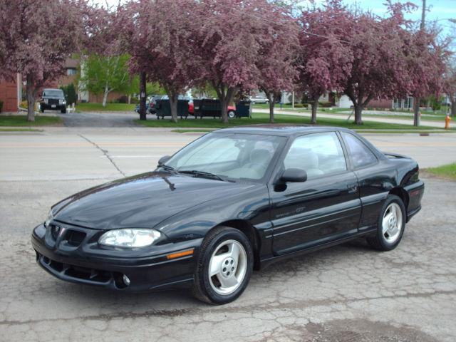 1997 pontiac grand am gt for sale in oshkosh wisconsin classified. Black Bedroom Furniture Sets. Home Design Ideas