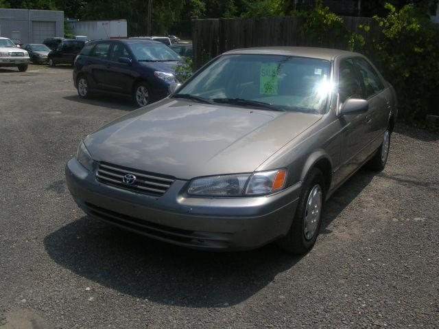 1997 toyota camry for sale in ithaca new york classified. Black Bedroom Furniture Sets. Home Design Ideas