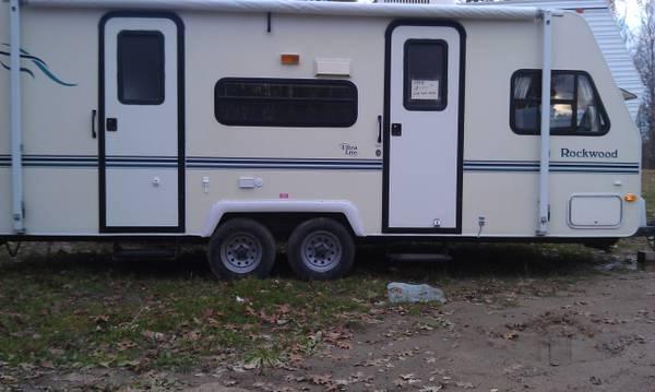 1998 23 U0026 39  Rockwood Camper