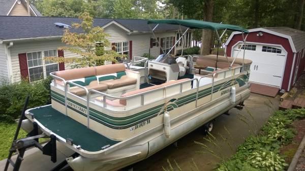 1998 24 Smoker Craft Pontoon Boat With 90 Hp Johnson