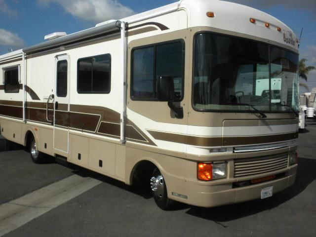 1998 Bounder 30e By Fleetwood Very Nice Coach 1998