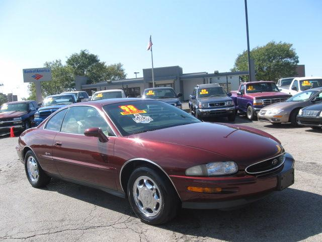 1998 buick riviera for sale in independence missouri classified. Black Bedroom Furniture Sets. Home Design Ideas