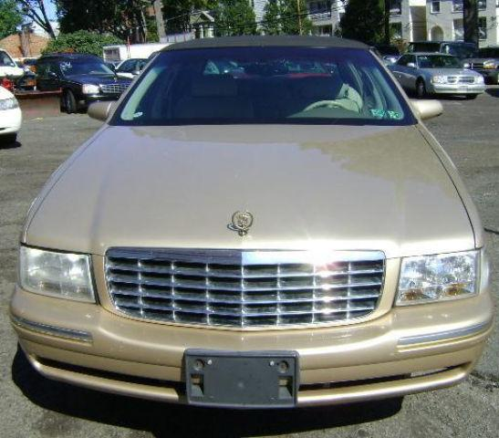 1998 Cadillac DeVille D'Elegance For Sale In Newark, New