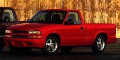 1998 Chevrolet S-10 LS 2dr LS Standard Cab LB