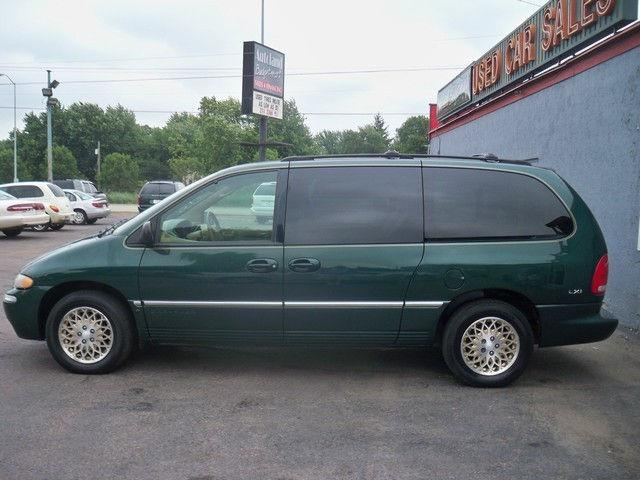 1998 chrysler town country lxi for sale in sioux falls south dakota classified. Black Bedroom Furniture Sets. Home Design Ideas