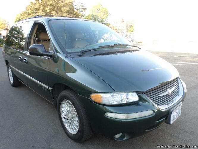 1998 chrysler town country lxi super clean family minivan 8 passengers easy finance. Black Bedroom Furniture Sets. Home Design Ideas