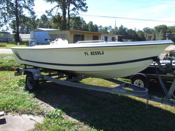 1998 cobia 174cc w 90hp yamaha inshore 1998 boat in for Used boat motors panama city fl