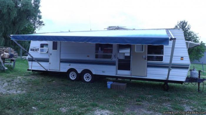 1998 Damon Hornet Tow Behind Camper For Sale Or Trade