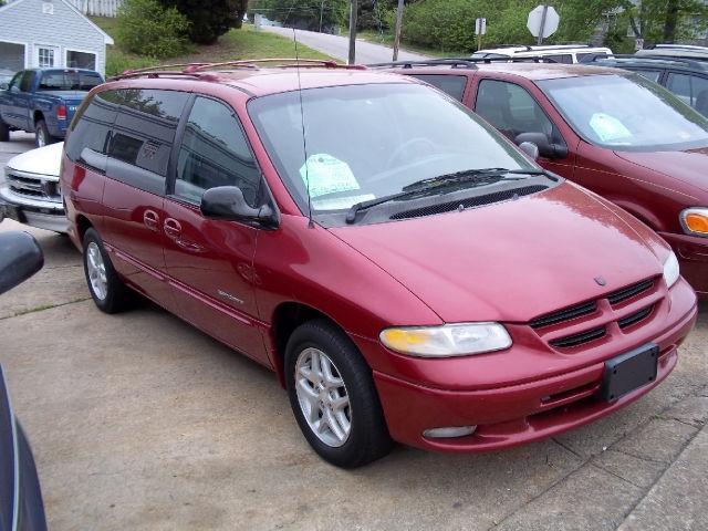 1998 Dodge Caravan Sport for Sale in Danville Virginia