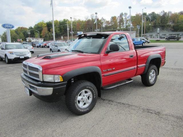 1998 dodge ram 1500 for sale in ripon wisconsin classified. Black Bedroom Furniture Sets. Home Design Ideas