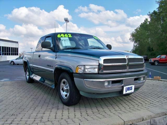 1998 dodge ram 1500 for sale in tipp city ohio classified. Black Bedroom Furniture Sets. Home Design Ideas