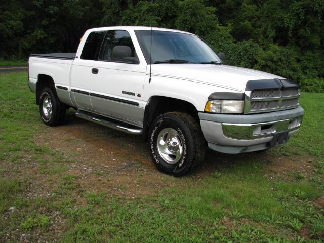 1998 dodge ram 1500 laramie club cab for sale in emmaus pennsylvania classified. Black Bedroom Furniture Sets. Home Design Ideas