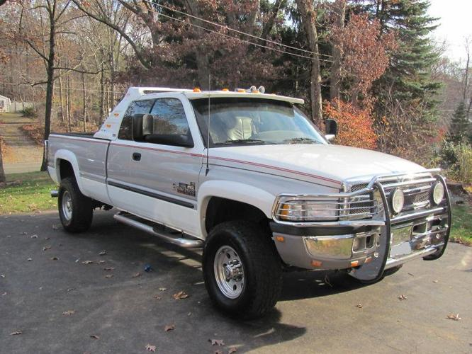 1998 dodge ram 2500 for sale in the woodlands texas classified. Black Bedroom Furniture Sets. Home Design Ideas