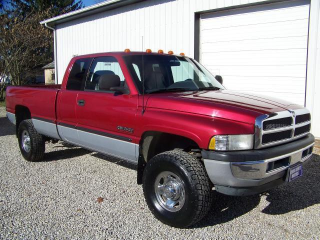 1998 dodge ram 2500 laramie for sale in chillicothe ohio classified. Black Bedroom Furniture Sets. Home Design Ideas