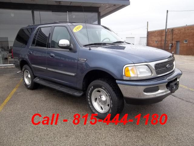 1998 ford expedition xlt 4wd for sale in crystal lake illinois classified. Black Bedroom Furniture Sets. Home Design Ideas
