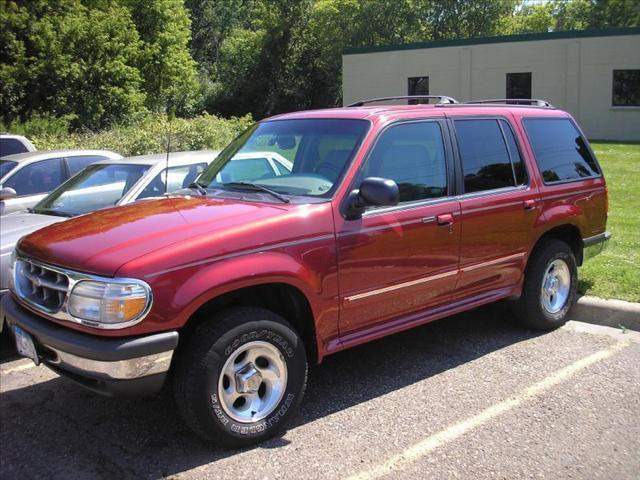 1998 ford explorer eddie bauer for sale in vadnais heights minnesota classified. Black Bedroom Furniture Sets. Home Design Ideas