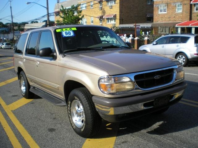 1998 ford explorer xlt for sale in bronx new york classified. Black Bedroom Furniture Sets. Home Design Ideas