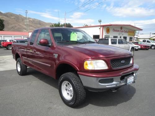 1998 Ford F150 Pickup Truck XL SuperCab Long Bed 4WD