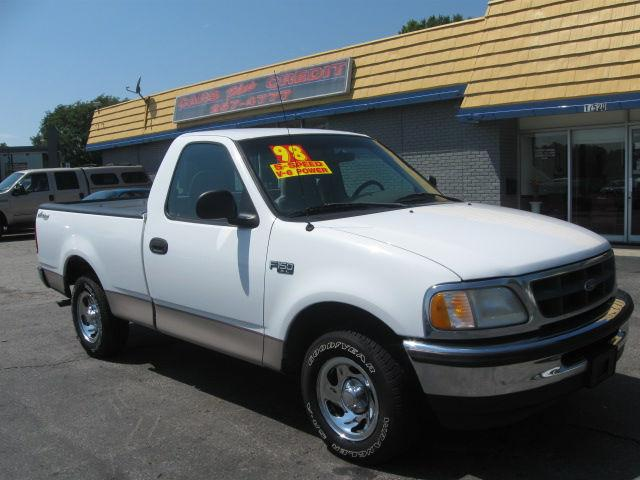 1998 ford f150 xl for sale in independence missouri classified. Black Bedroom Furniture Sets. Home Design Ideas